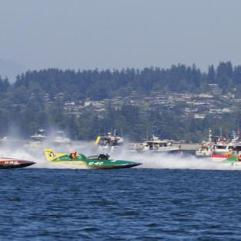 jamie-judy-wild-seafair-vintage-hydroplane-races-lake-washington-seattle-washington-usa_a-G-9567888-4990827